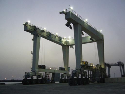 reliable 500 ton travel lift